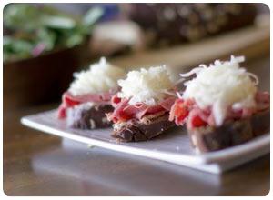 mini reubens with hot dip spread