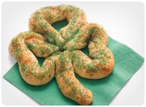 sweet shamrock pretzels