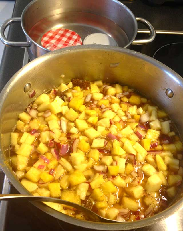 cooking the pineapple chutney