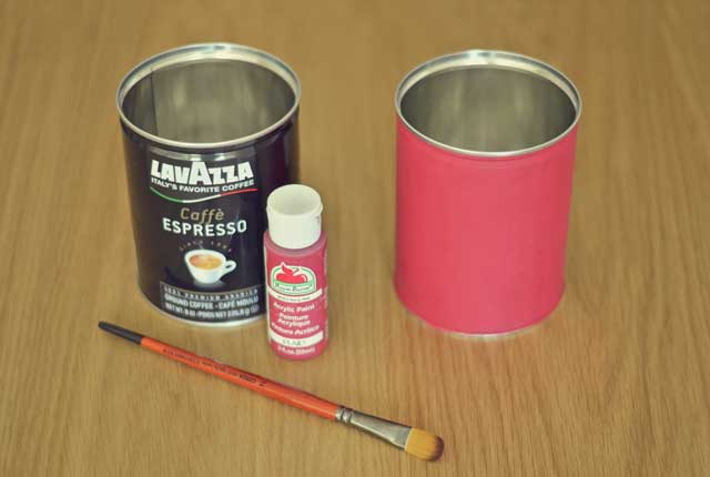 painting the cookie tin