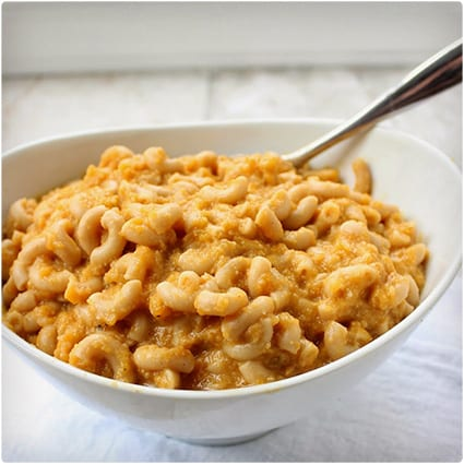 Healthy Veggie Crock Pot Mac and Cheese