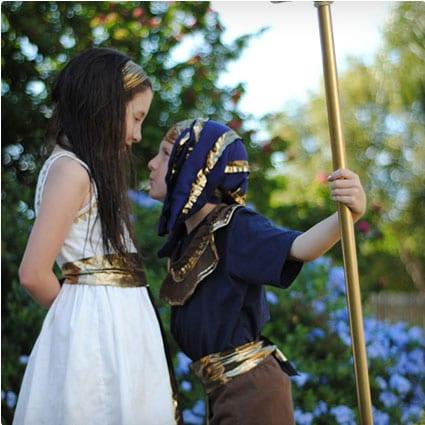 38 genius diy halloween costumes miss wish diy egyptian costumes solutioingenieria Choice Image