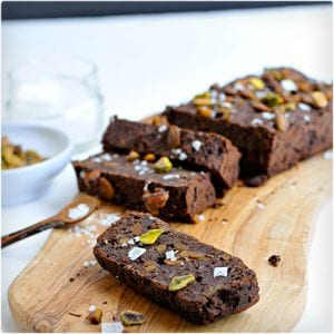 Salted Chocolate and Pistachio Energy Bars
