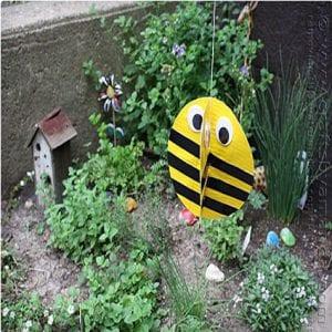 Spinning Garden Bee