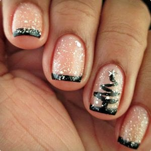 Christmas Tree and Snowfall Nails