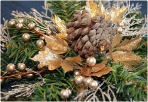 Crafty and Cheap Pine Cone Decorating Ideas