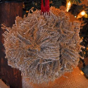 DIY Burlap Christmas Ornament