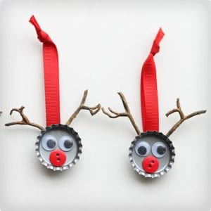 Easy Bottle Cap Reindeer Craft