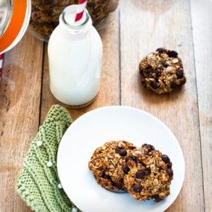 Oaty Banana Chocolate Chip Cookies
