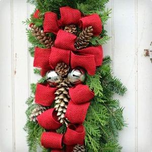 Pine Cone Christmas Swag