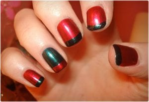 Simple and Colorful Christmas Nail Art