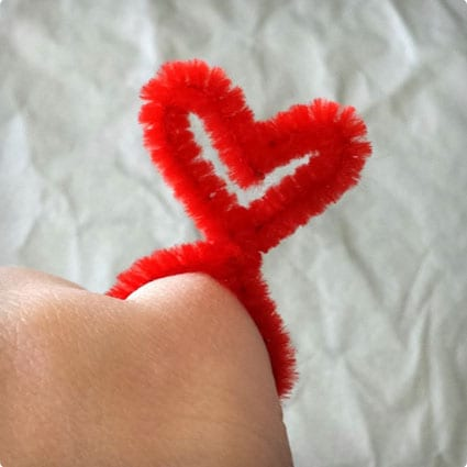 DIY Pipe Cleaner Heart Rings