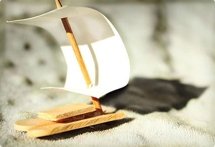 Simple Popsicle Sailboats
