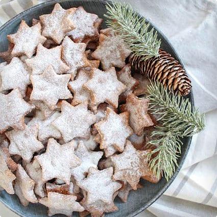 Almond Cinnamon Christmas Stars