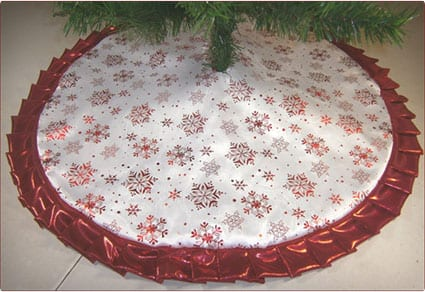 Christmas Tapered Pencil Tree Skirt Red Snowflakes
