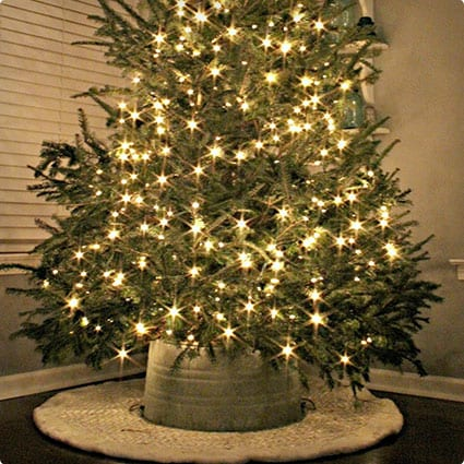 Galvanized Tub Tree Skirt DIY