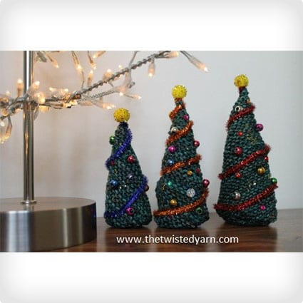 Knitted Christmas Tree