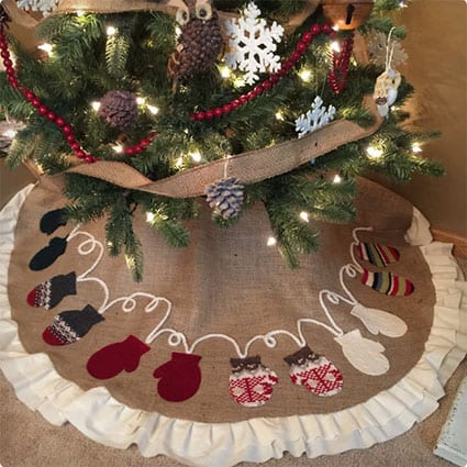 Mitten Tree Skirt, Ruffled Tree Skirt, Burlap