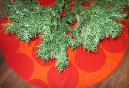 Red Marimekko Christmas Tree Skirt