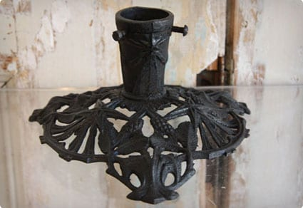 Traditional Cast Iron German Tree Stand