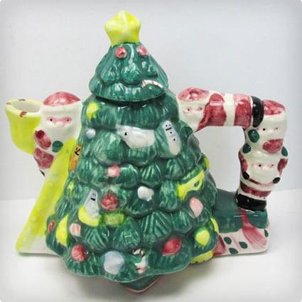 Vintage 1995 Collectible Christmas Tree Mini Teapot