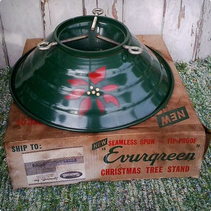 Vintage Red and Green Metal Tree Stand