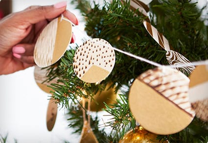 Wood Burned Holiday Garland (Online Course)