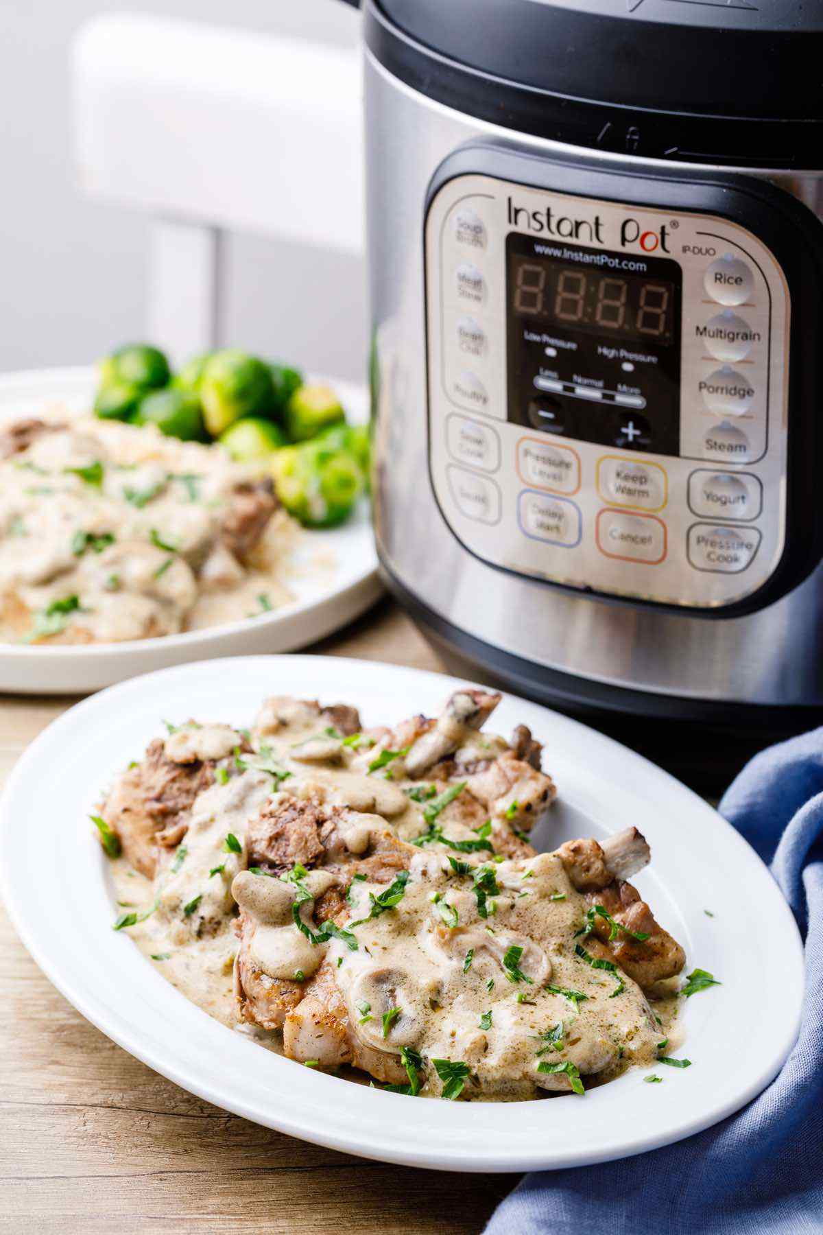 Instant Pot Pork Chops with Creamy Gravy
