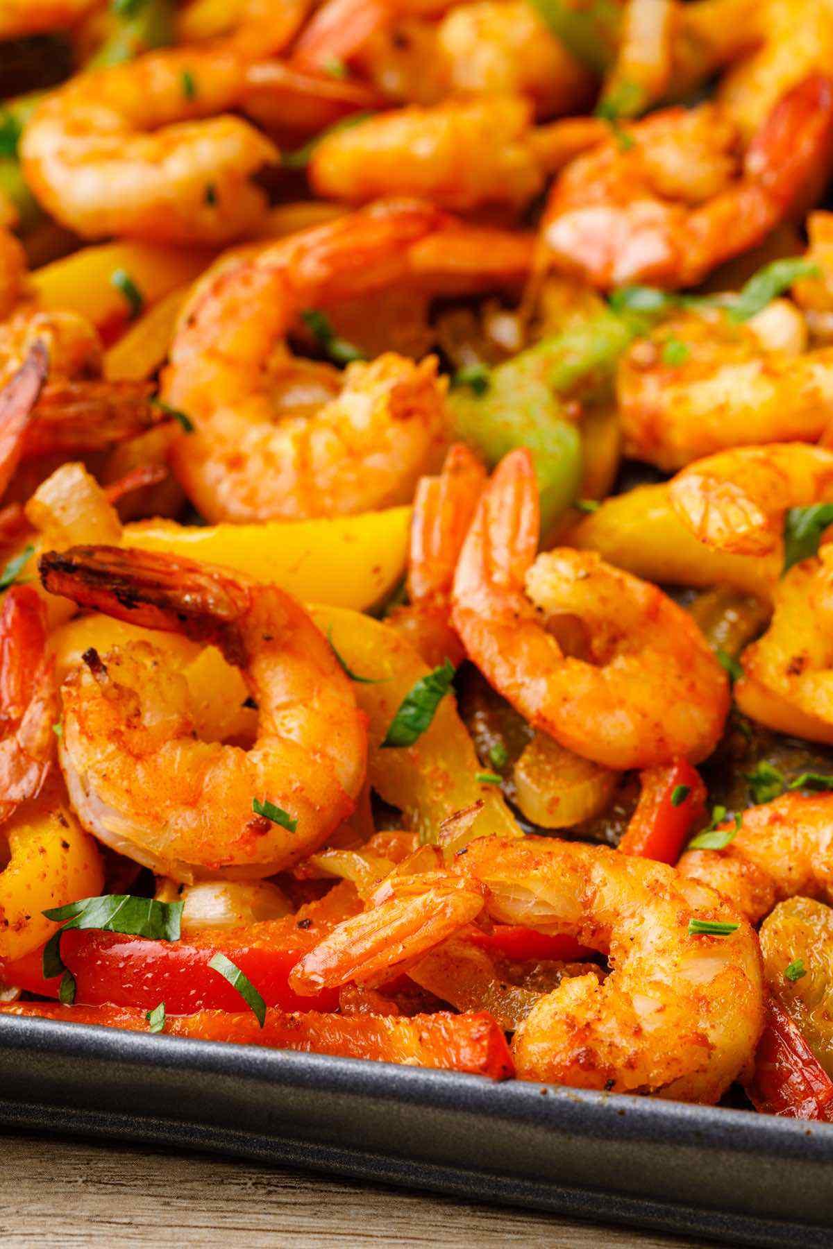 Healthy Sheet Pan Shrimp Fajitas