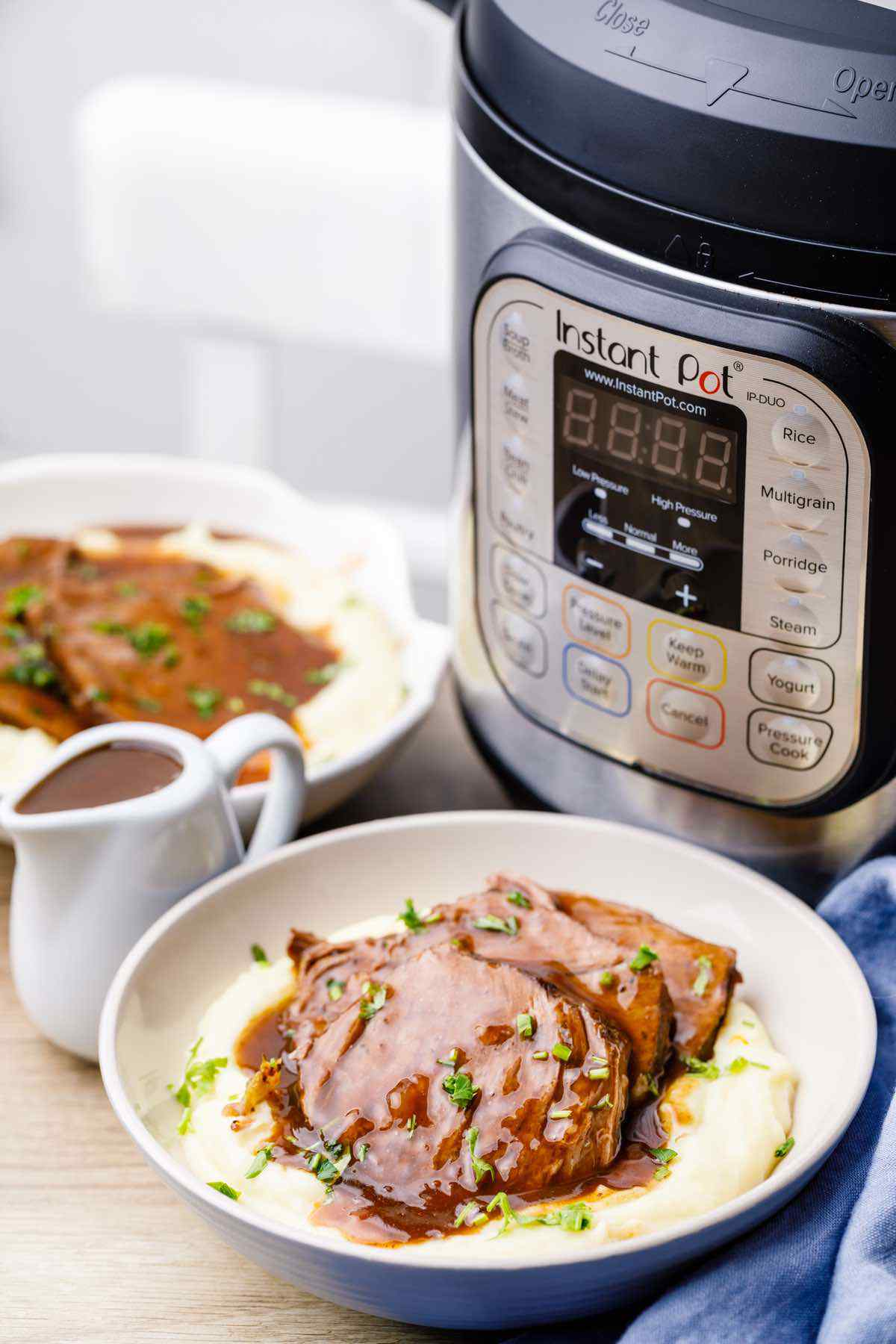 Easy Keto Instant Pot Chuck Roast