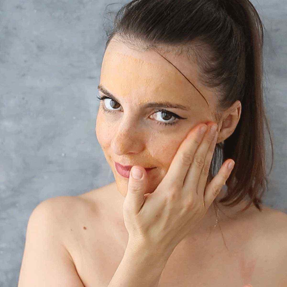 Cold Pressed Castor Oil Face Mask for Smooth Skin