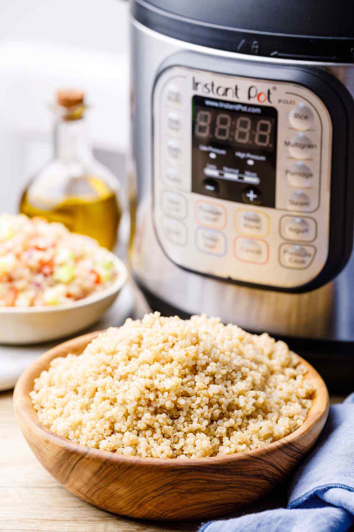 Fluffy 1-Minute Instant Pot Quinoa
