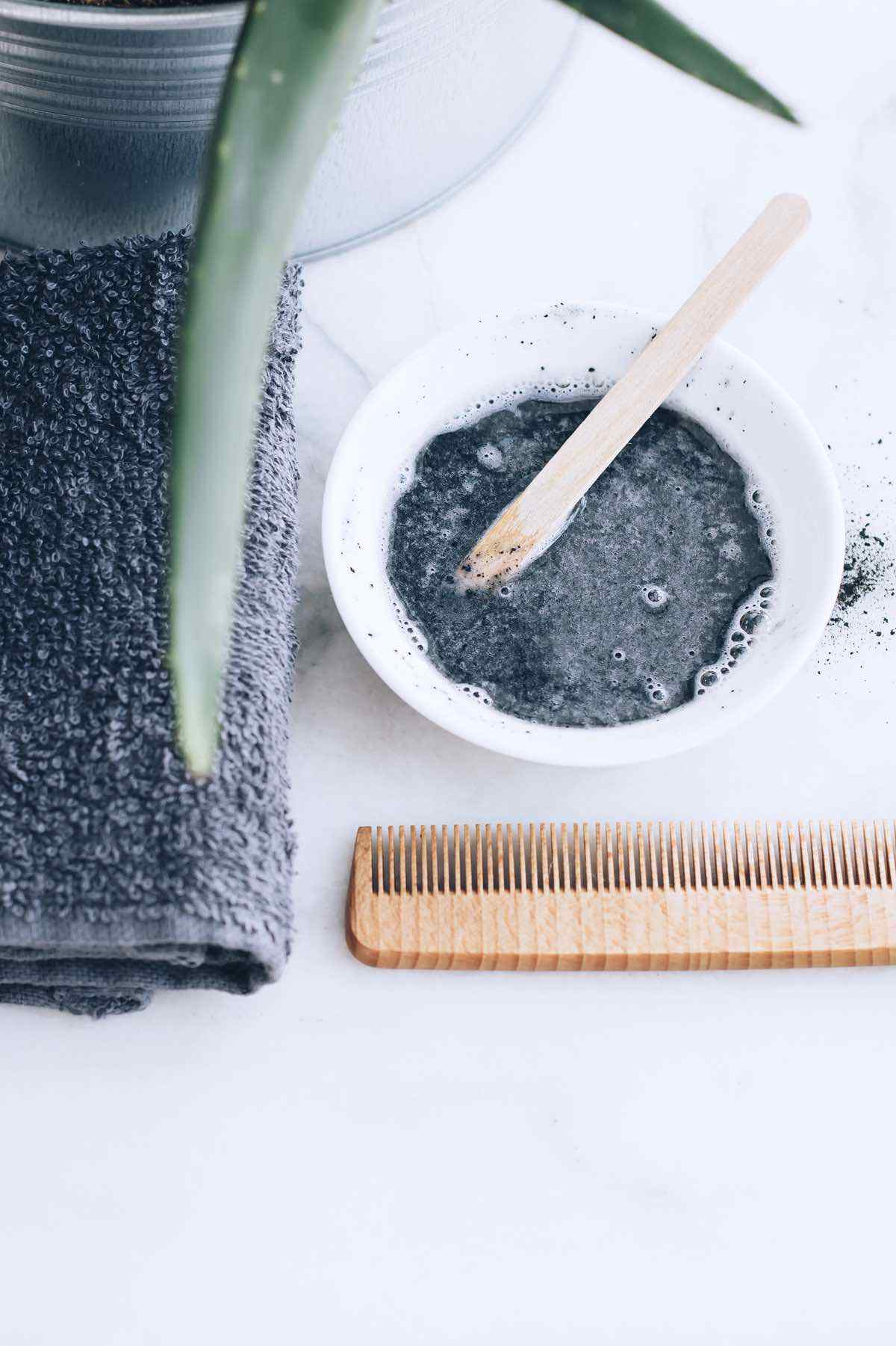 Activated Charcoal Hair Mask for a Quick Hair Detox
