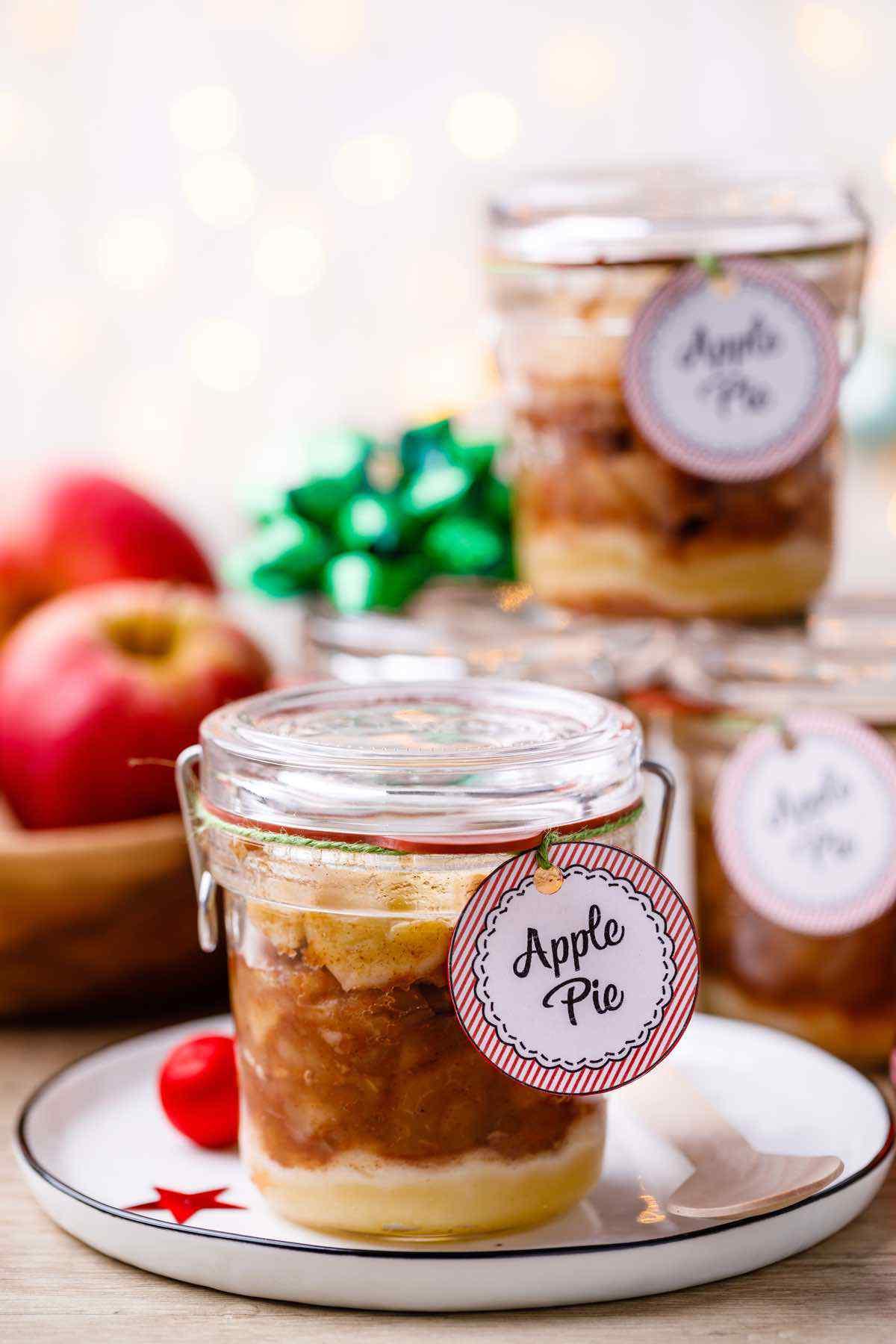 Homemade Apple Pie In a Jar