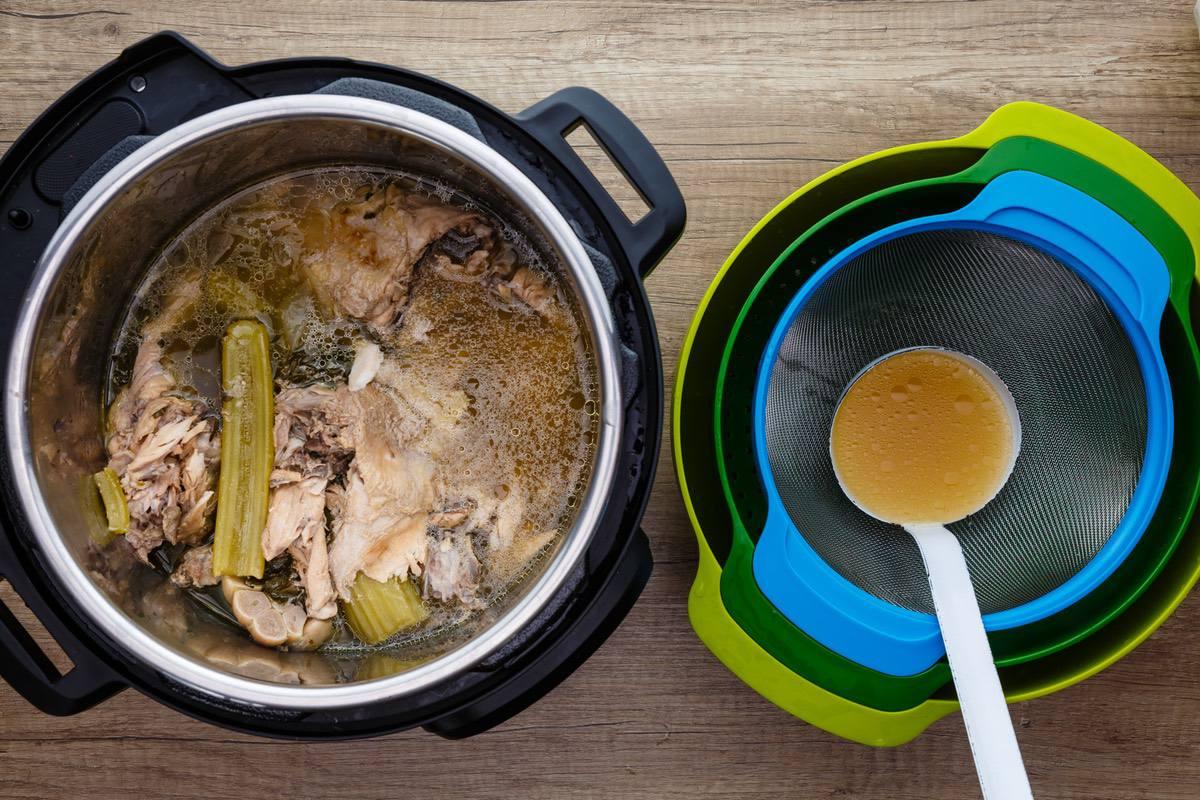 Instant Pot Chicken Broth