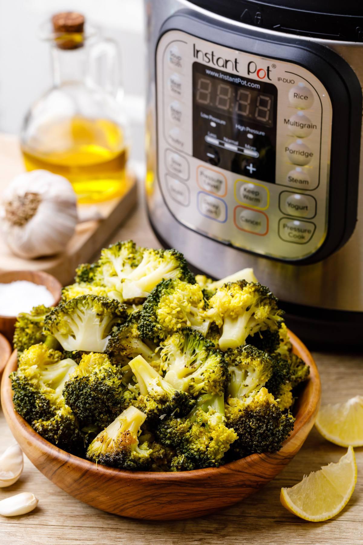 Instant Pot Garlic Roasted Broccoli