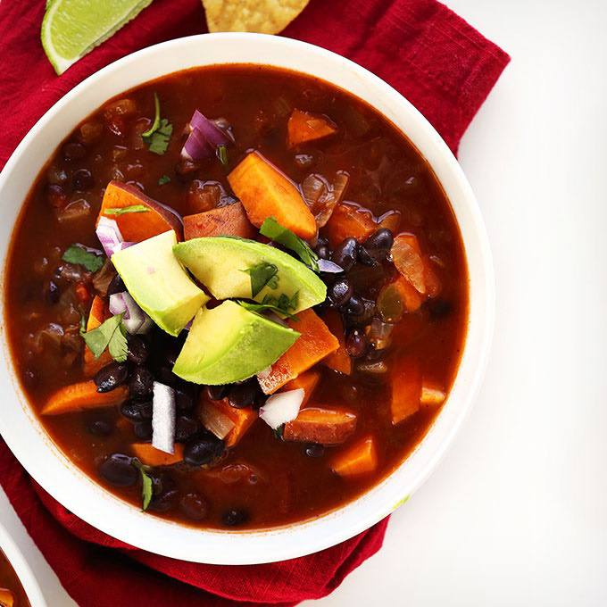 5-ingredient Sweet Potato Black Bean Chili