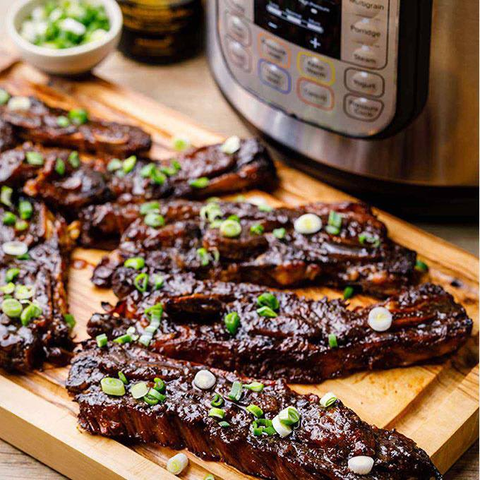 Addictive Instant Pot Korean Short Ribs