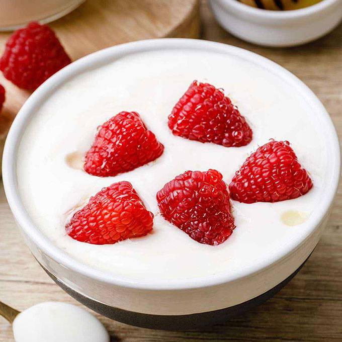 Creamy Instant Pot Vanilla Yogurt