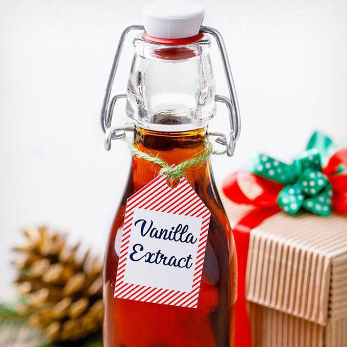Easy Homemade Vanilla Extract