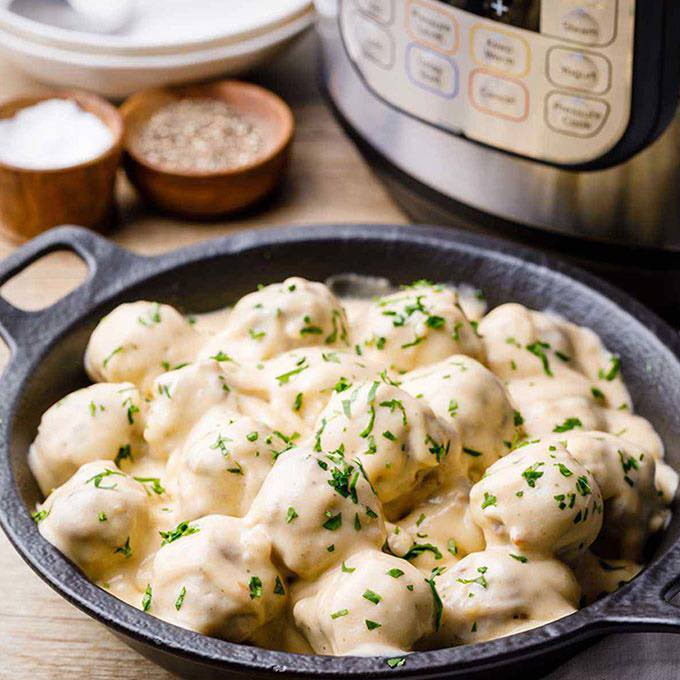 Instant Pot Swedish Meatballs and Gravy