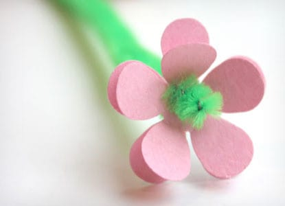 Paper and Pipe Cleaner Flowers