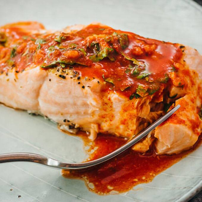 Salmon with Chili-Lime Sauce