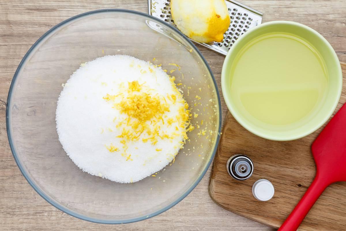 Homemade Lemon Sugar Scrub